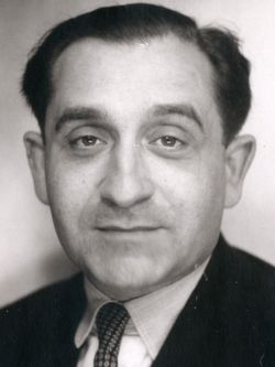 1 jour, 1 texte. Pierre Mendès France, « Pour une politique constructive de  l'antiracisme », Le Droit de Vivre, novembre 1966 | Licra - Antiraciste  depuis 1927